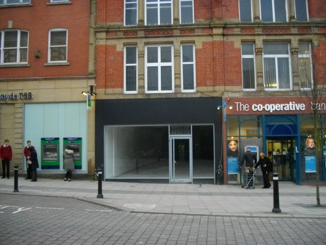 Dilapidation and high street retailers, dilapidations and high street retailers,how does dilapidation affect high street retailers , retail and shop dilapidations